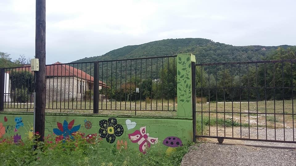 Θεσπρωτία: Ανάδοχοι για πρ. δημοτικό σχολείο Καρβουναρίου, φωτεινή σηματοδότηση της ΕΟ Παραμυθιάς – Γλυκής και οικία Μπούση