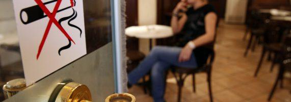 smoking-antikapnistikos-nomos-571x200.jpg