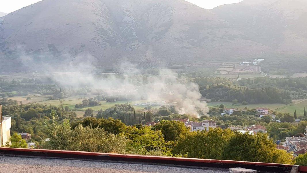 Θεσπρωτία: Φωτιά στον κάμπο της Παραμυθιάς | Φωτογραφίες