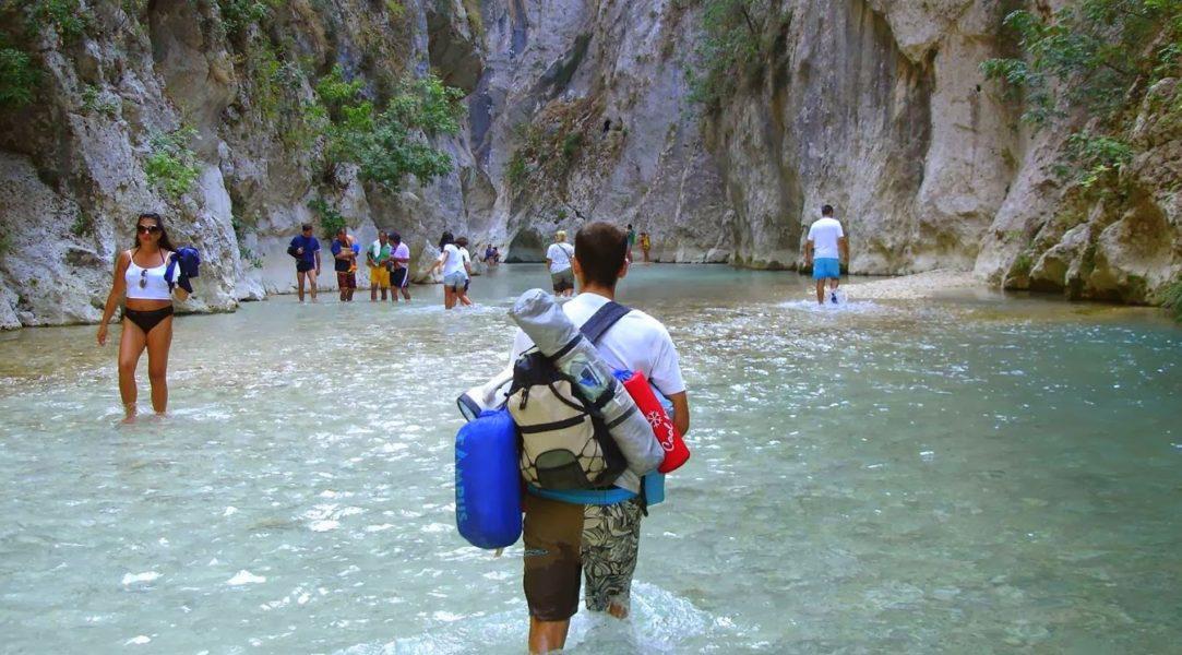 Ήπειρος: Τουρισμός   292 χιλ. επισκέπτες, 1,2 εκ. διανυκτερεύσεις και 77 εκ. εισπράξεις το πρώτο εξάμηνο στην Ήπειρο